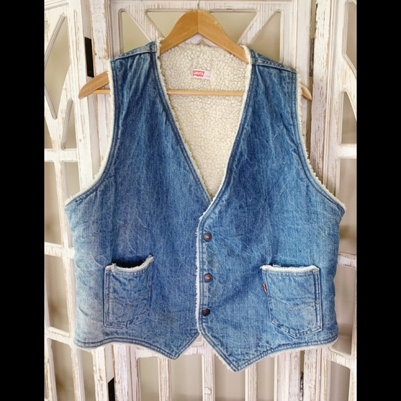 Levi's Other - Levi's sherpa xl orange tab denim vest